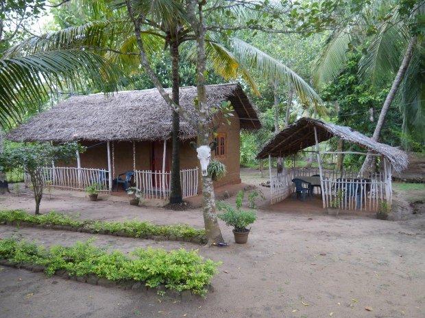 The traditional mud house and restaurant