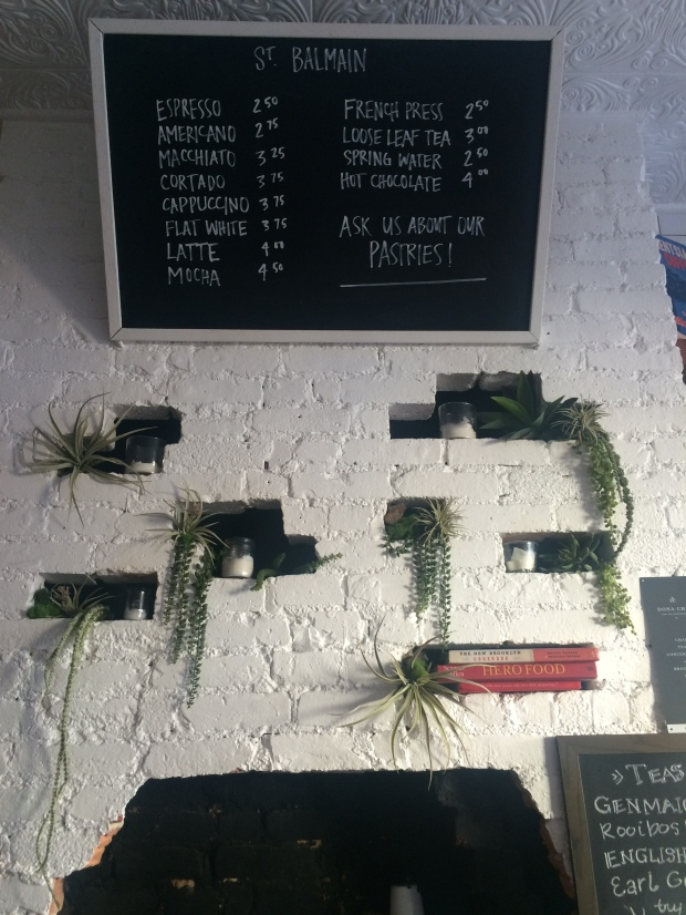 Wall decoration and drinks prices