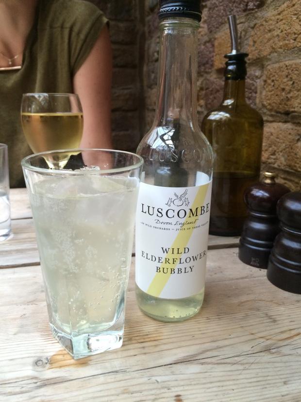 Non-alco bubbly by Luscombe